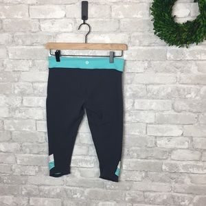 Lululemon Athletics Capri Leggings Size 6